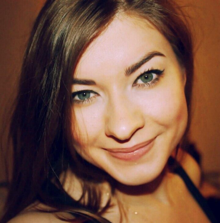 Адонина Ольга нейл-дизайнер